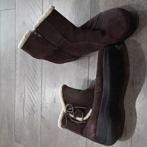 Clarks leather ankle boots 7W